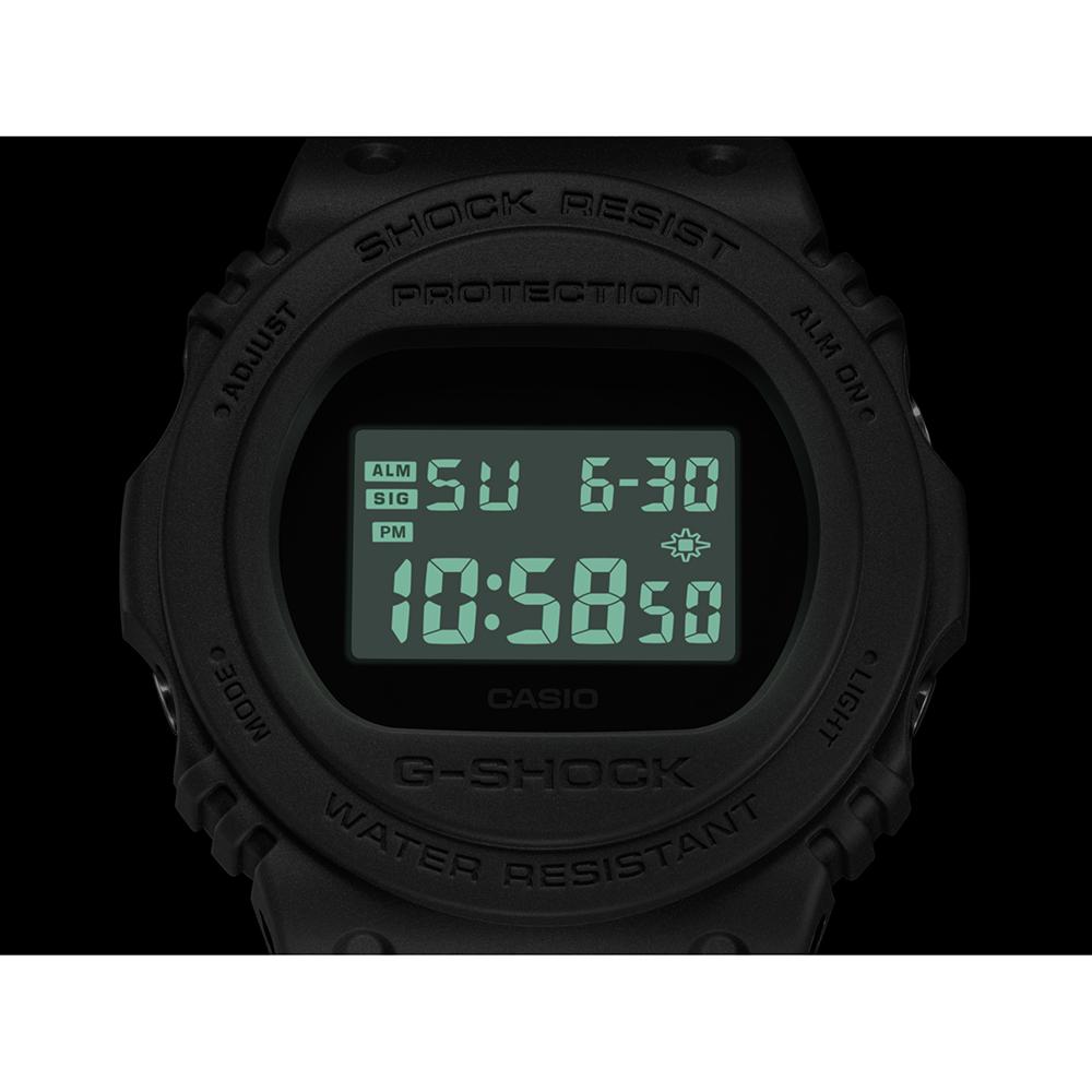 cdc7d6ab395 Relógio G-Shock Classic Style DW-5750E-1BER Style Series • EAN ...