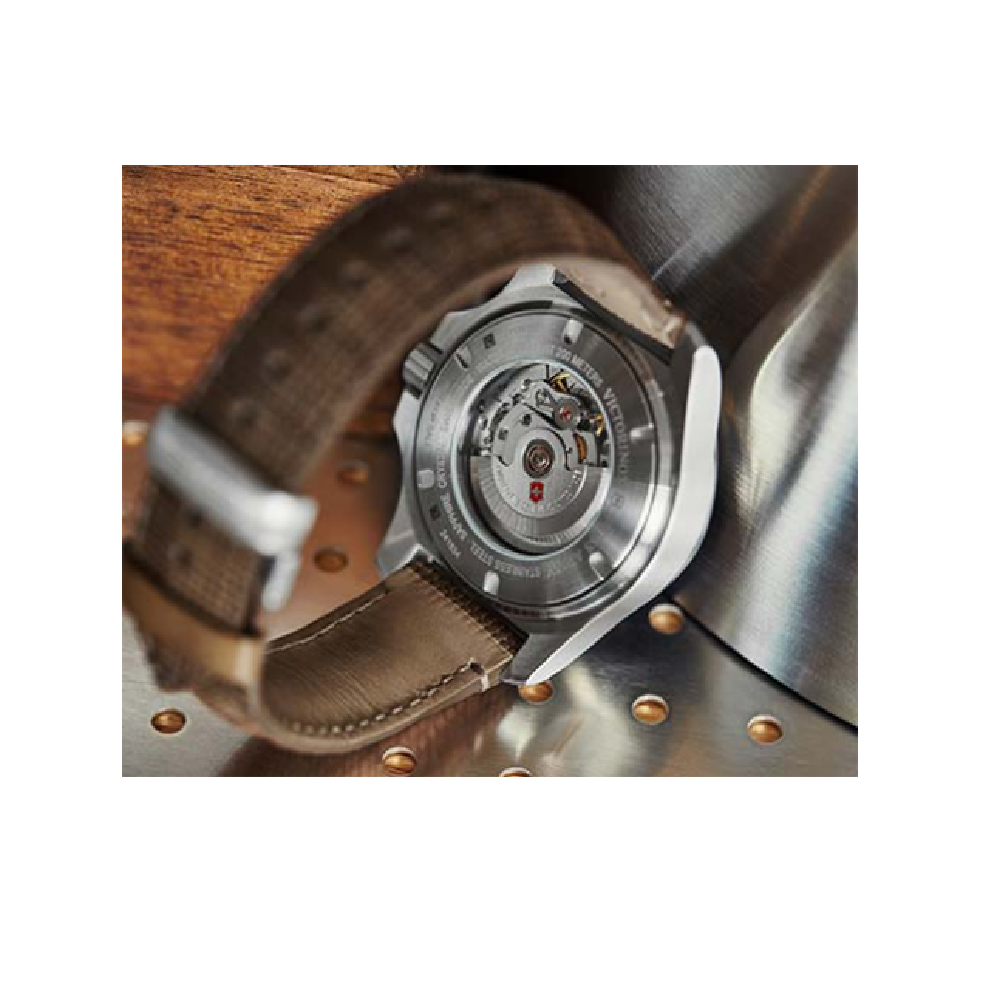7f8161b015b Extremely Shock and Force Resistant Watch Colecção Outono Inverno Victorinox  Swiss Army